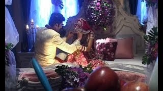 Suhagraat ki funny and hot vedio, First Night Hot Video